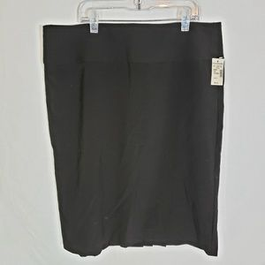 Maurices Black Pencil Skirt Pleated Back Sz 13/14